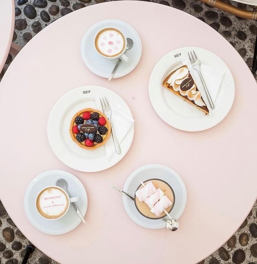 Torte del temporary shop di Nespresso per Chiara Ferragni
